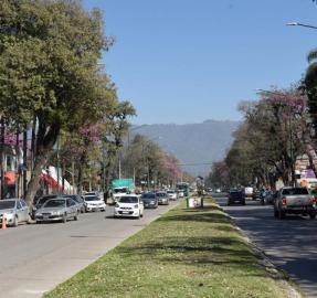 En Yerba Buena promueven sanciones a farmacias que no cumplen los turnos